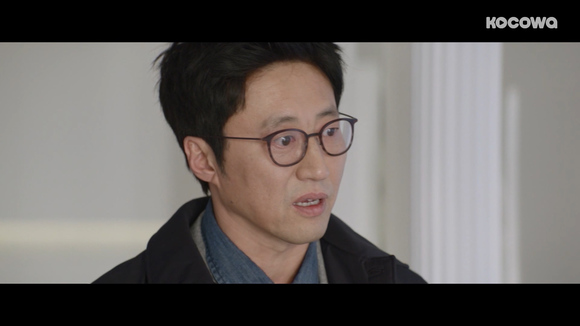 [Neighborhood Lawyer Jo Deul-ho 2: Episode 6] Who are you to warn me?