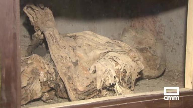 Así son las famosas momias que datan del s. XVIII en Liétor, Albacete