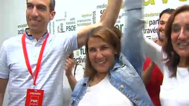 El PSOE gana en votos en las cinco capitales de provincia, Puertollano y Talavera