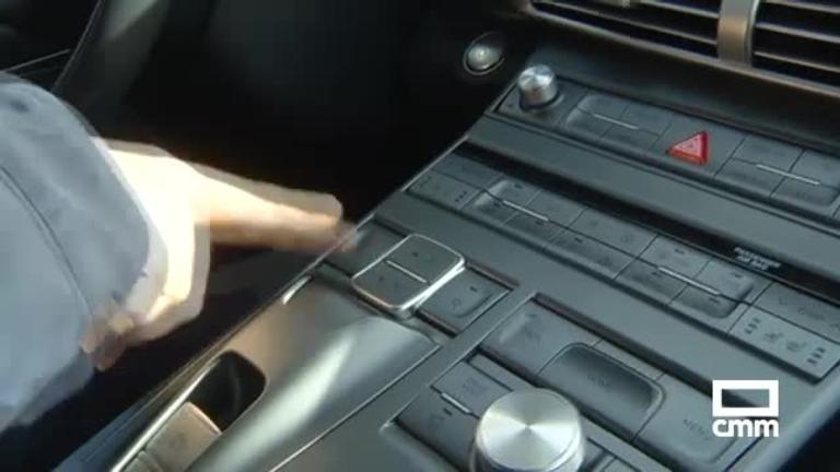 La primera recarga del coche impulsado por hidrógeno ha sido en Puertollano