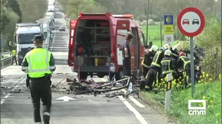 Al menos 2 muertos y 12 heridos tras chocar un autobús y un turismo en Lantz, Navarra