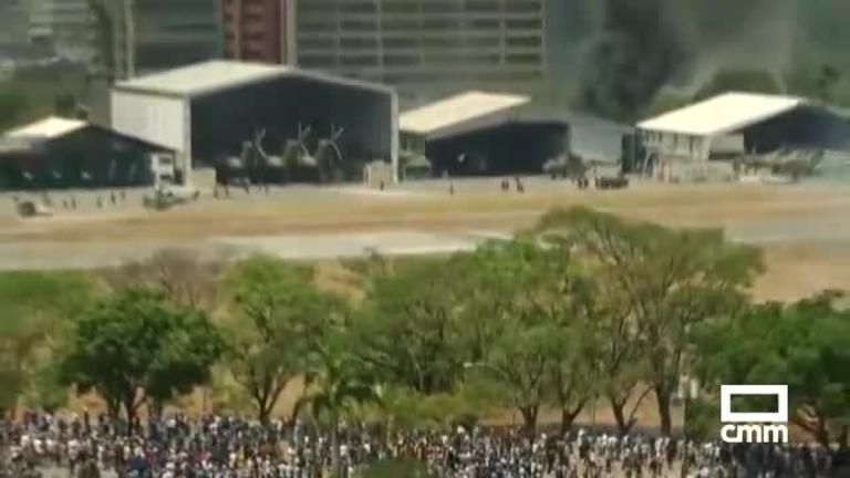 Venezuela: Juan Guaidó llama a las calles después de que militares fieles hayan liberado a Leopoldo López