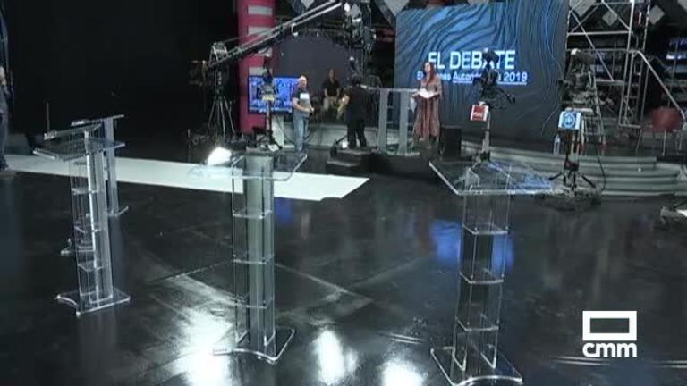 Últimos retoques en el escenario del debate a cinco de CMM