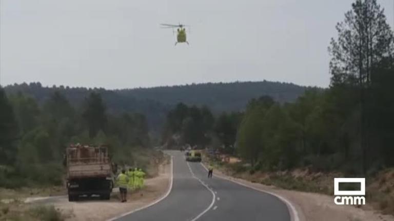 Evacuados en helicóptero al hospital de Albacete dos heridos en un accidente de moto en Cuenca