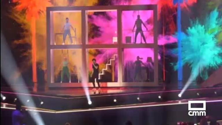 El diseñador toledano Guillermo Villanueva viste al representante español de Eurovisión y a sus bailarines