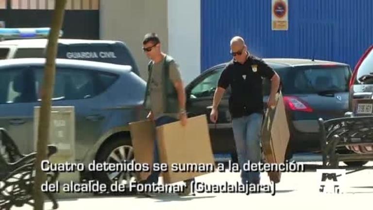 PP y PSOE proponen eliminar la limitación de mandato del presidente y otras noticias de Castilla-La Mancha