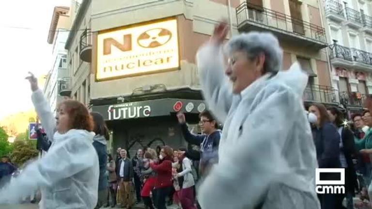 Concentración en Cuenca capital contra la construcción del cementerio nuclear en Villar de Cañas