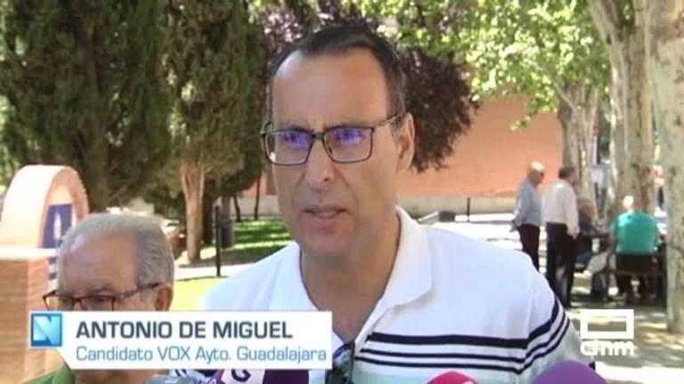 Vox: Antonio de Miguel propone un refuerzo policial para dar más seguridad a los barrios problemáticos