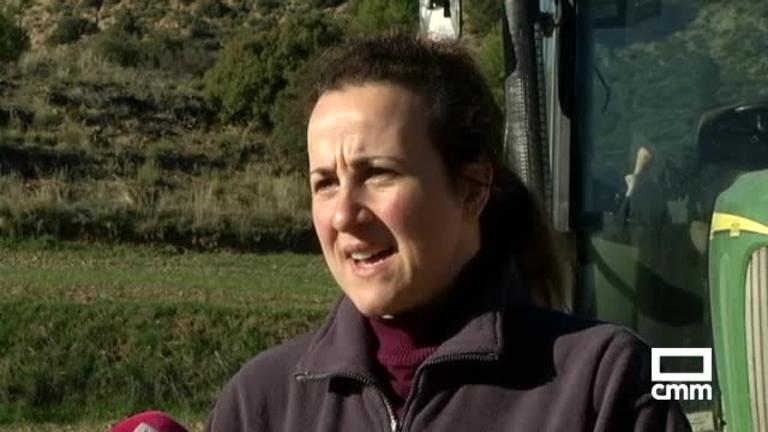 El tweet viral de una agricultora de Sayatón, un pueblo de 50 habitantes de Guadalajara