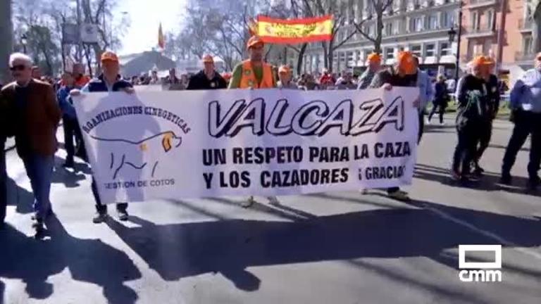 Cazadores, ganaderos y galgueros de CLM defienden en Madrid la actividad cinegética y tradiciones del mundo rural