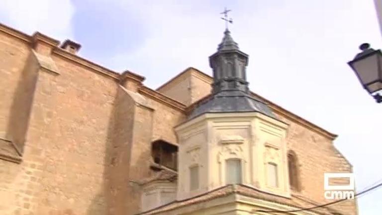 Vecinos de Tembleque piden la restauración de la torre de la Iglesia tras un desprendimiento