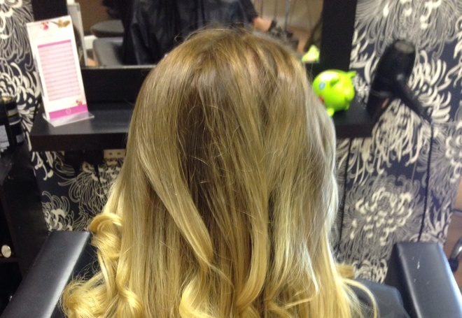 Ombré roots with ghd curls