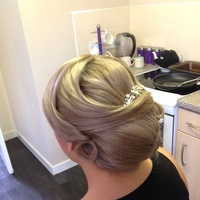 Wedding hair vintage