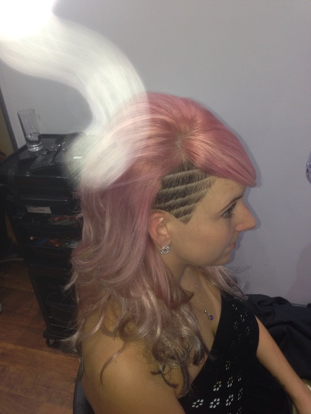 Pink hair with lines