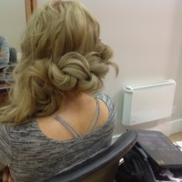 Fashion hair up