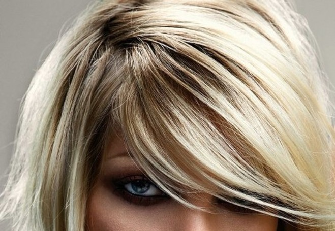 short blonde with bang