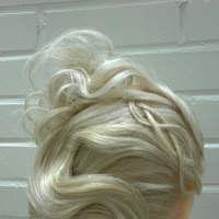 Glamour updo