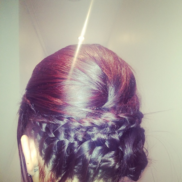 Love plait hair ups !
