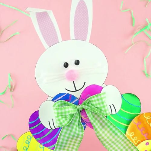 Paper Plate Easter Egg Wreath -Fun Easter Craft and Easter Art Project