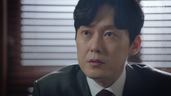 [Your Honor: Episode 25] A peaceful retirement or a heady turn in the spotlight?