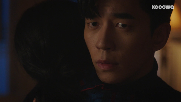 [An Empress's Dignity: Episode 28] The royal blood thief