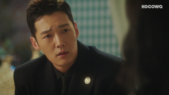 [An Empress's Dignity: Episode 35] I hate that I have to watch you getting hurt