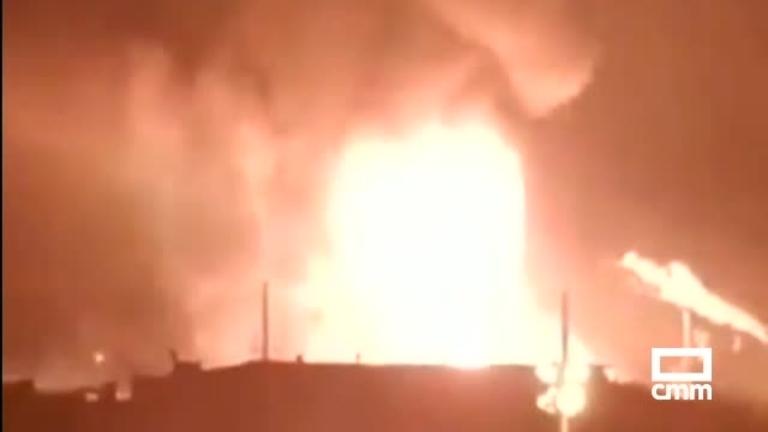 Tres muertos en la explosión de la petroquímica de La Canonja (Tarragona)