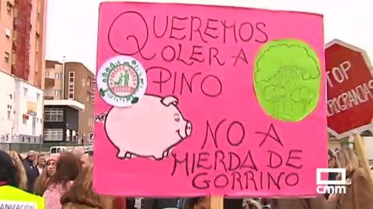 Manifestación contra las macrogranjas en Cuenca