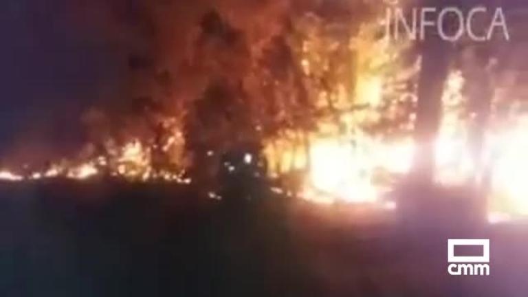 El incendio de Jaén arrasa 500 hectáreas y obliga a desalojar a varios centenares de personas