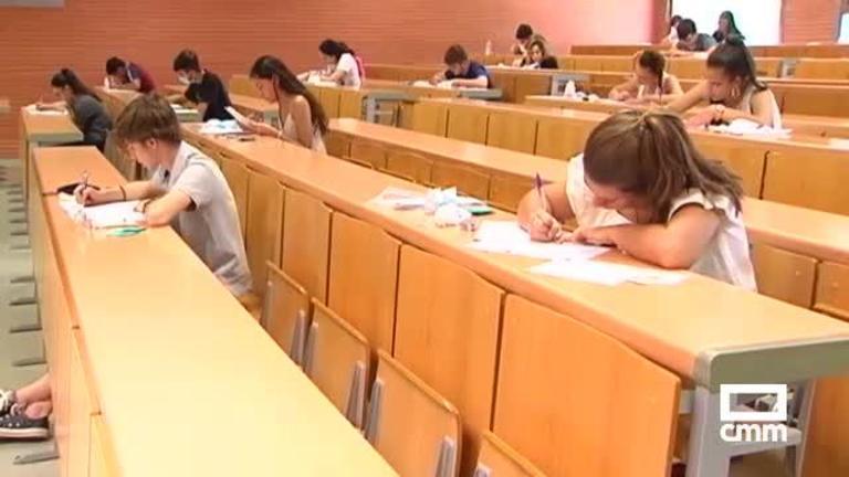 Mascarilla obligatoria en los exámenes de septiembre de la Evau: un millar de estudiantes comienzan las pruebas