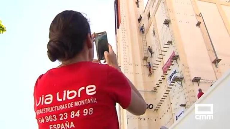 La vía ferrata urbana más grande de España convierte a Chillarón (Cuenca) en nuevo destino de aventura