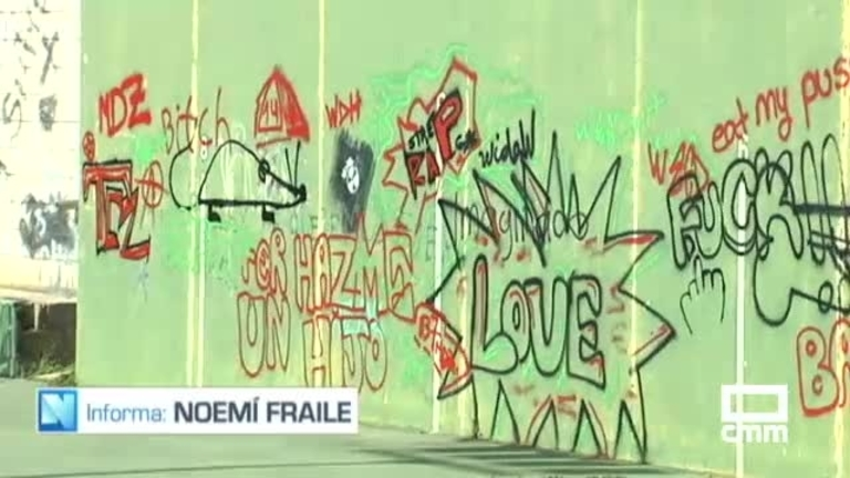 Pintadas en iglesias y viviendas: cierran el cementerio de Aranzueque por actos vandálicos