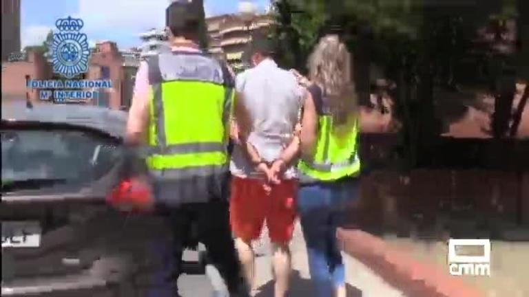 Un hombre mata a su mujer en Rute (Córdoba) y se entrega a la Policía en Madrid