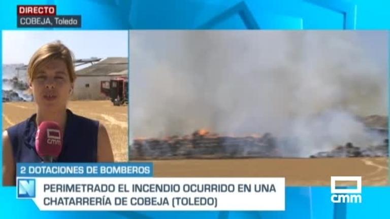 Vídeo: los bomberos trabajan en la extinción del fuego en una chatarrería en Cobeja (Toledo)