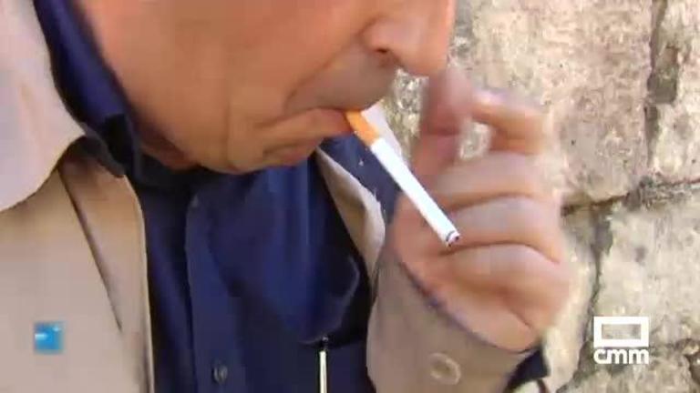 Sanidad endurecerá la ley del tabaco y revisará su fiscalidad
