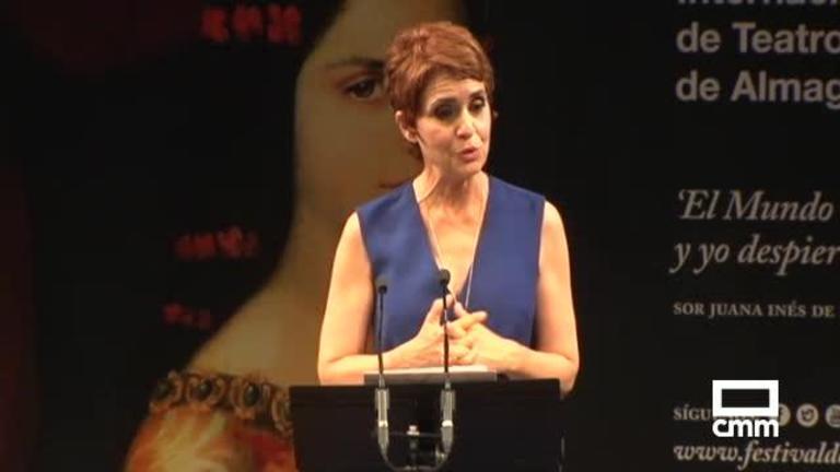 Adriana Ozores recibe el Premio del Corral de Comedias del Festival de Almagro