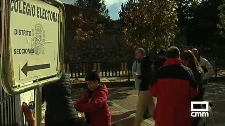 La despoblación en el 10N: en Bascuñana de San Pedro (Cuenca) se junta todo el pueblo