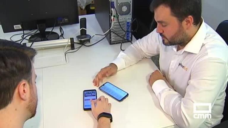 Una empresa talaverana vende a otra indonesia su aplicación de un móvilespecial para niños