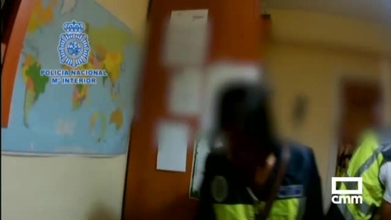 La Policía detiene a 24 personas por distribuir pornografía infantil a través de Facebook y Skype