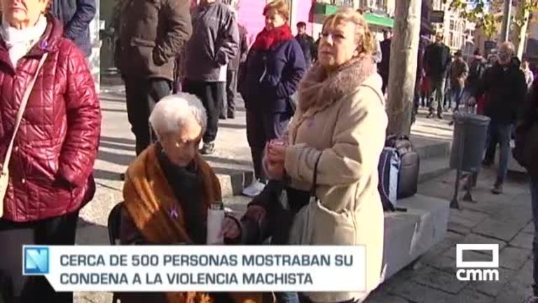 Concentraciones de condena por el crimen machista de una mujer en Puertollano