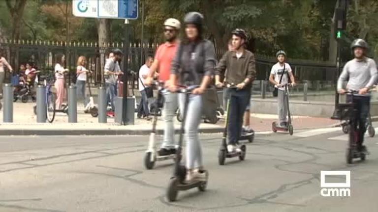 Los usuarios de los patinetes eléctricos reclaman, en Albacete y otras cinco ciudades españolas, una ley \\
