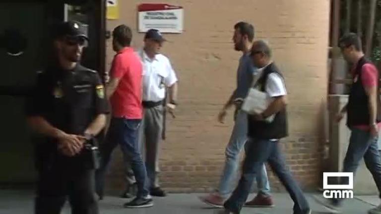 Declaran ante el juez el alcalde y los otros tres detenidos tras los registros del Ayuntamiento de Fontanar (Guadalajara)
