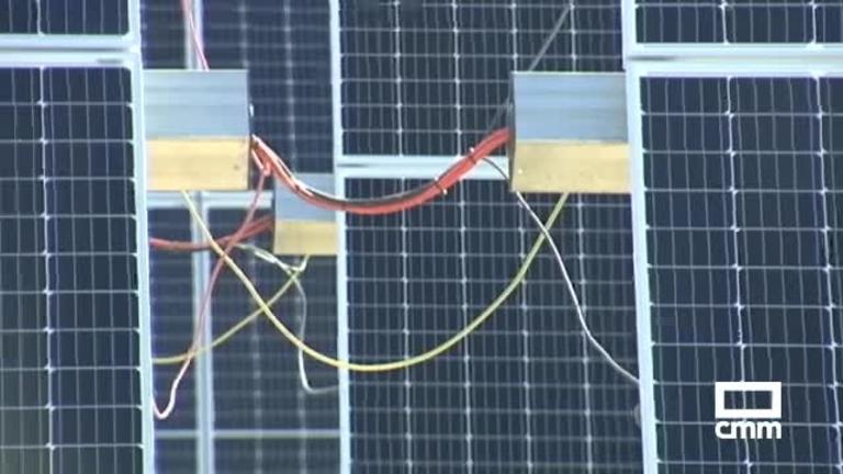 Inaugurada la planta fotovoltaica de El Casar, con una superficie de 28 hectáreas