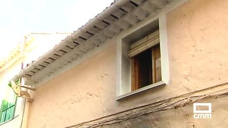 Tres personas afectadas por inhalación de humo en un incendio de una vivienda en Hellín