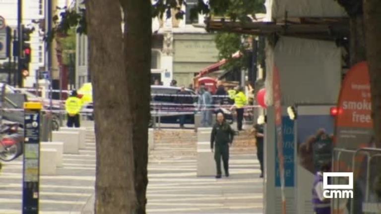 Un vehículo atropella a varios peatones en una zona de museos de Londres