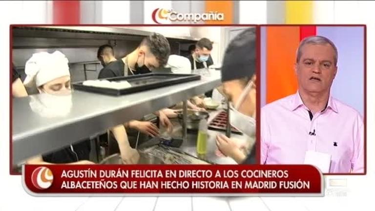 Agustín Durán con los cocineros revelación en Madrid Fusión