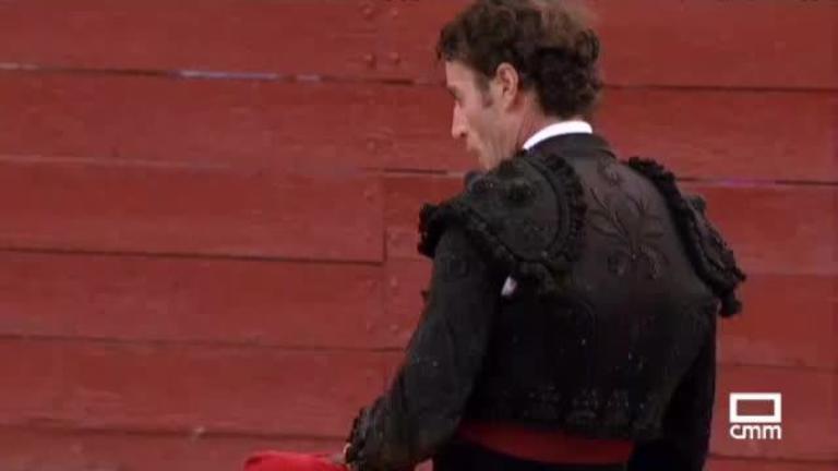 Toros desde Tarazona de La Mancha