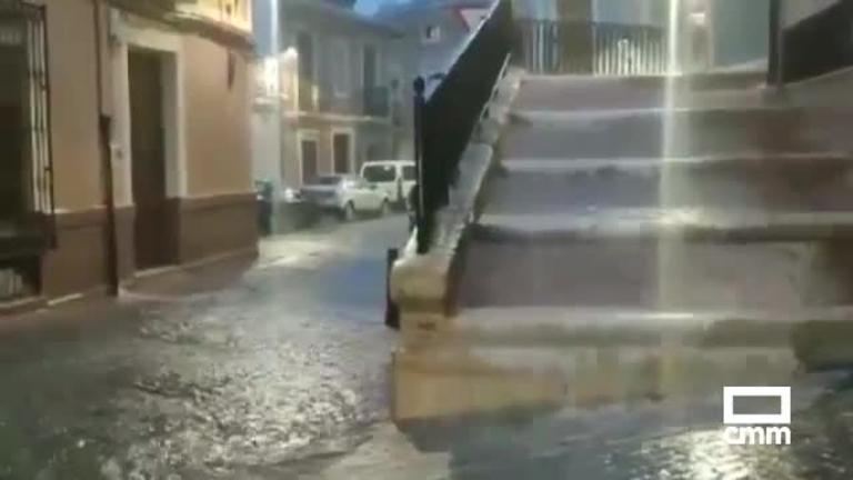 Vídeo: Las tormentas en Albacete descargaron casi 40 litros en Peñas de San Pedro