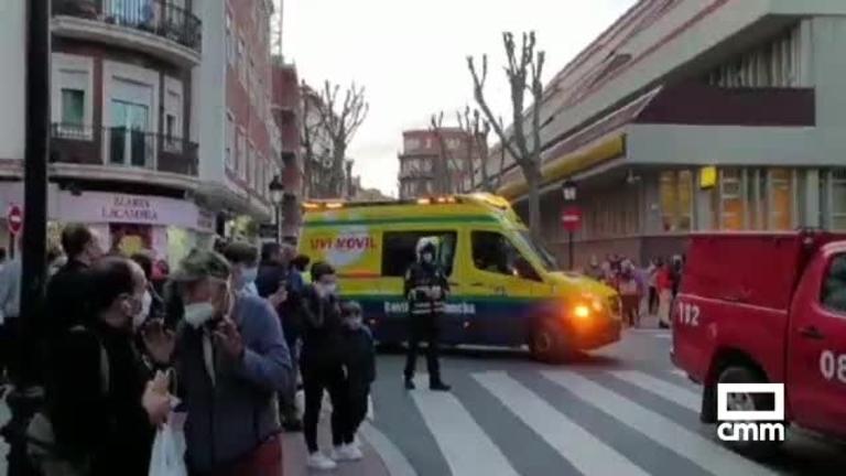 Accidente en Albacete capital: tres heridos tras salirse un coche y chocar contra un árbol