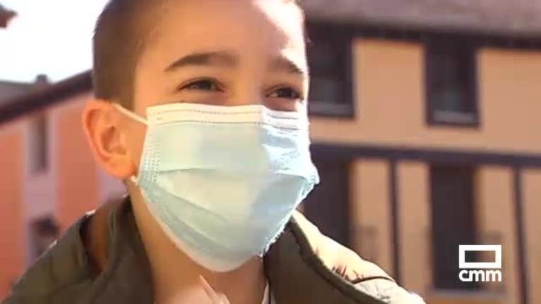 25 días hospitalizado por secuelas a la covid; la historia de Alonso, un niño de 8 años de La Solana